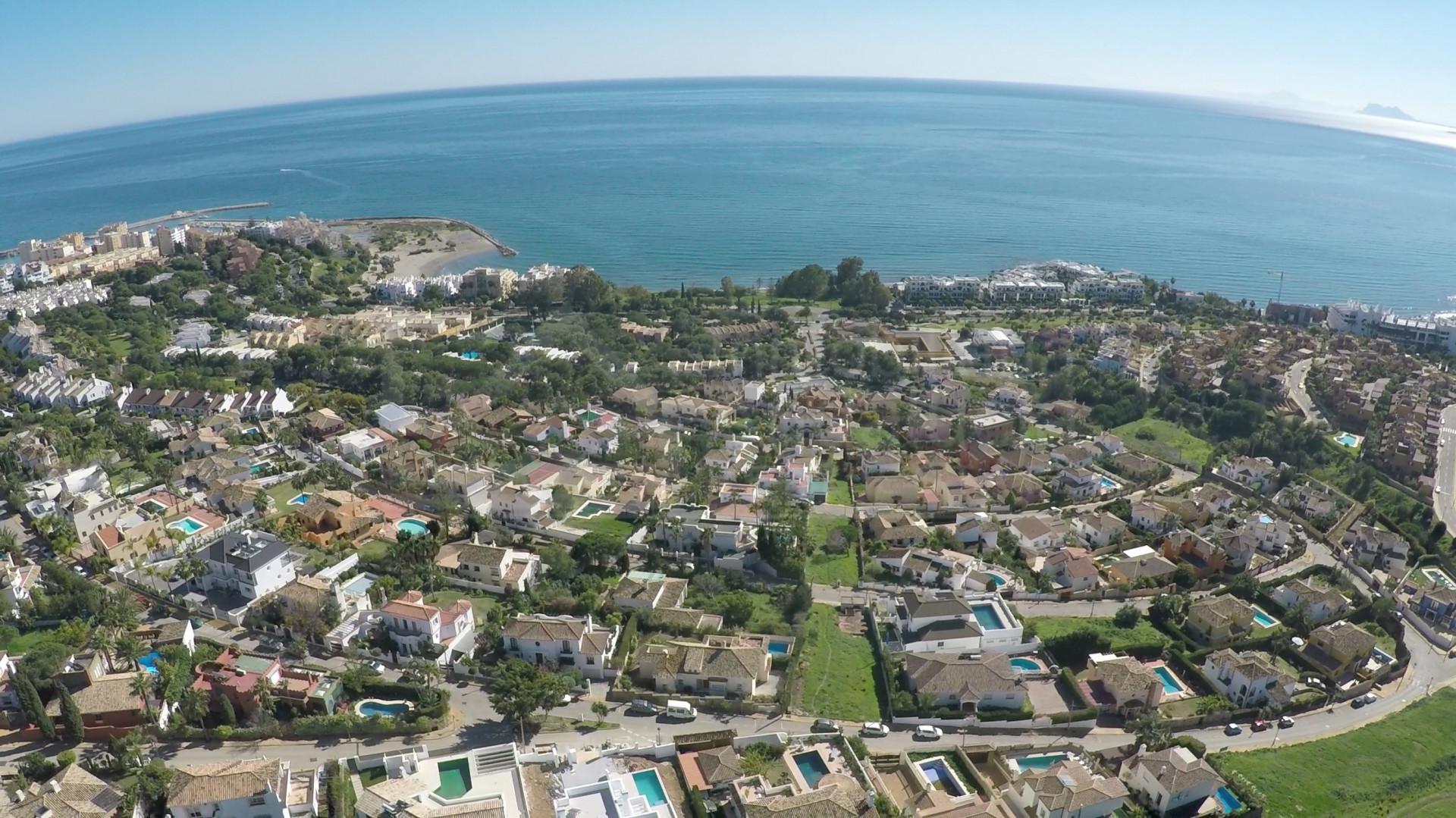5 bedroom villa with sea views for sale in Seghers, Estepona