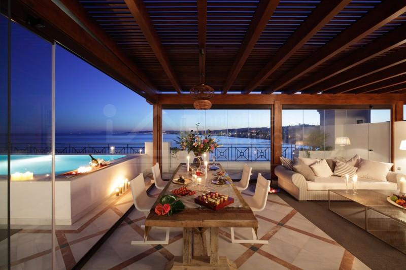 Super luxury 3 bedroom beach penthouse for sale in Estepona