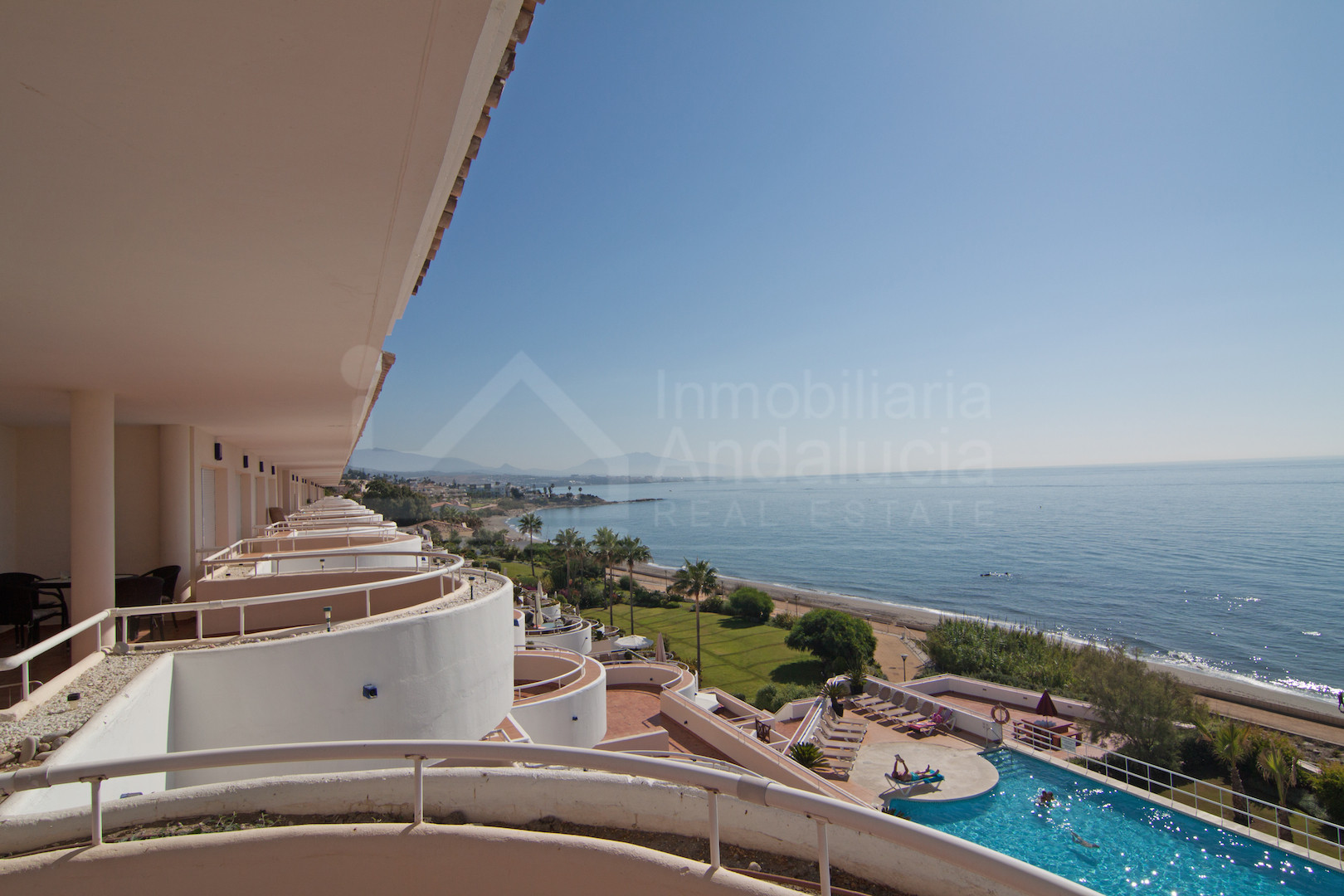 Luxury apartment with unbeatable sea views for sale Sinfonia del Mar Estepona