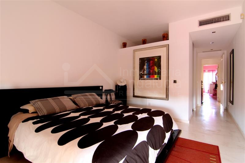 2 bed apartment with rooftop solarium/living area for sale in La ...