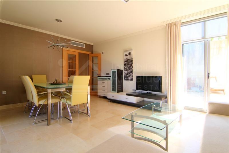 Ground floor apartment with large terrace and views Los Flamingos Golf Benahavis