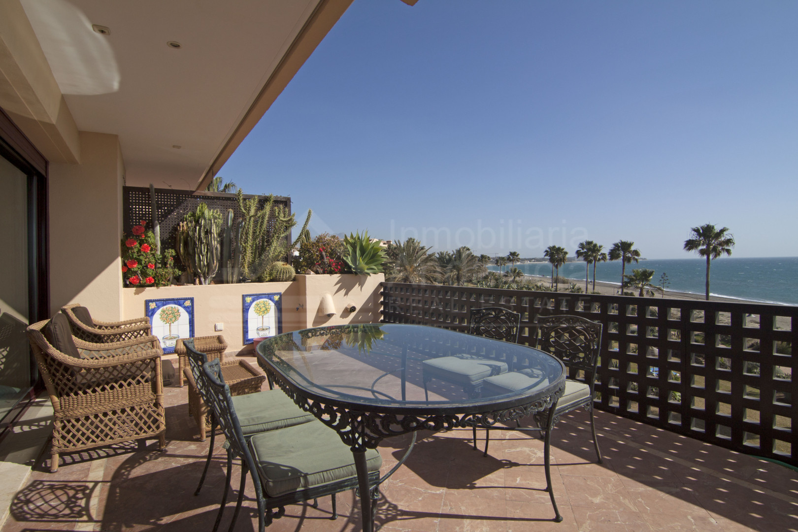 Luxury contemporary style apartment by the beach for sale Costalita Estepona