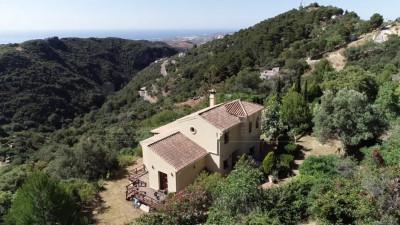 Casares, Country villa for sale in Casares with spectacular  sea & mountain views