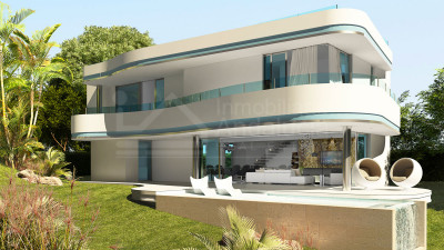 Estepona, Avant grade south-facing villa for sale in frontline golf location in Estepona