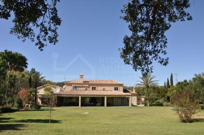 Sotogrande, Magnificent country estate with equestrian facilities for sale in Sotogrande
