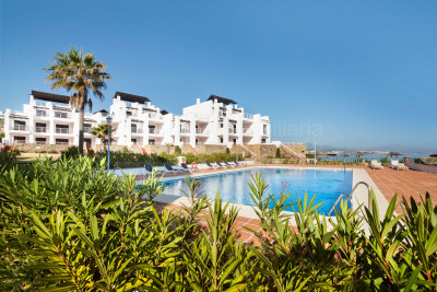 Casares, Magnificent 1 & 2 bedroom seafront apartments and penthouses for sale in Casares Costa