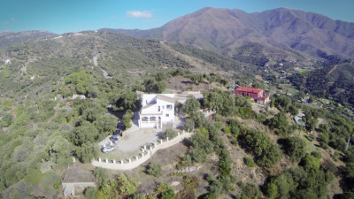 Casares, 5 bedroom country house with fabulous country & coastal views for sale in Casares