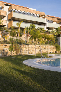 Benahavis, 3-bedroom apartment for sale in smart luxury development in Hoyo 19, Los Flamingos