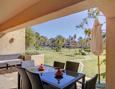 Estepona, 3-bed ground floor apartment for sale in La Cartuja del Golf Estepona