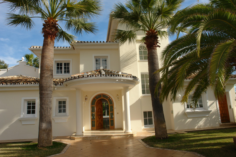 Villa in Marbella East