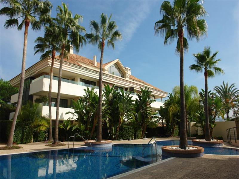 Apartment in Marbella East