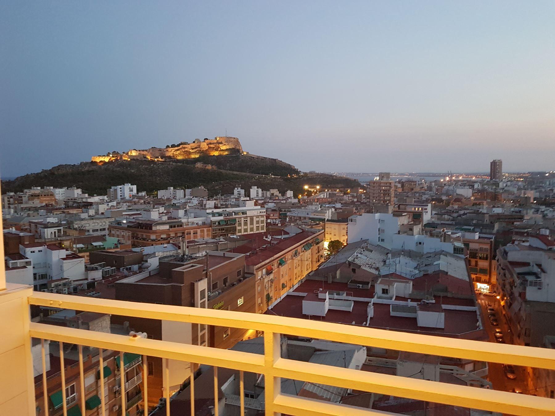 Lägenhet i Alicante Centro