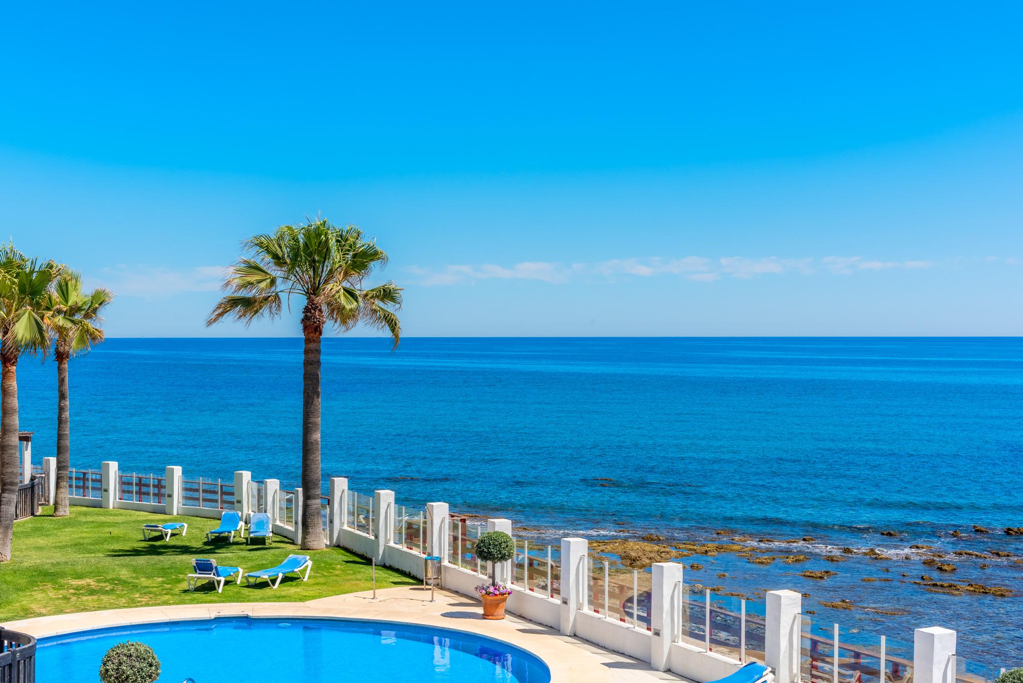 Lägenhet i Calahonda Playa