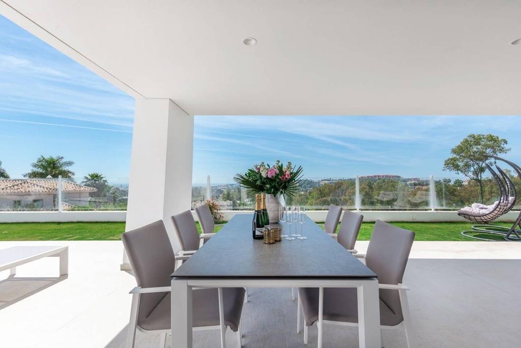 359-00168P: Apartment in Marbella