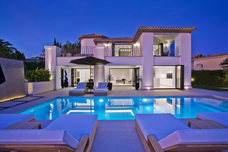 359-00102P: Villa in Marbella