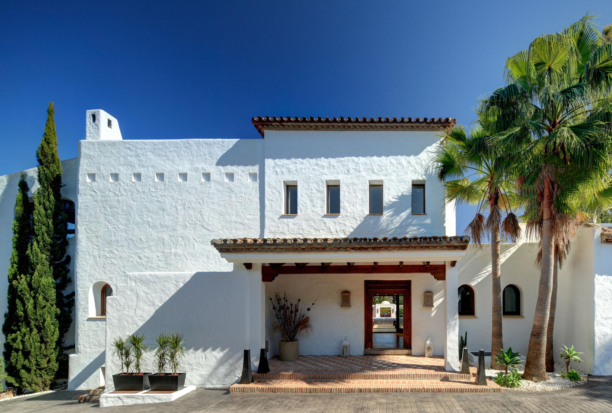 359-00100P: Villa in Marbella