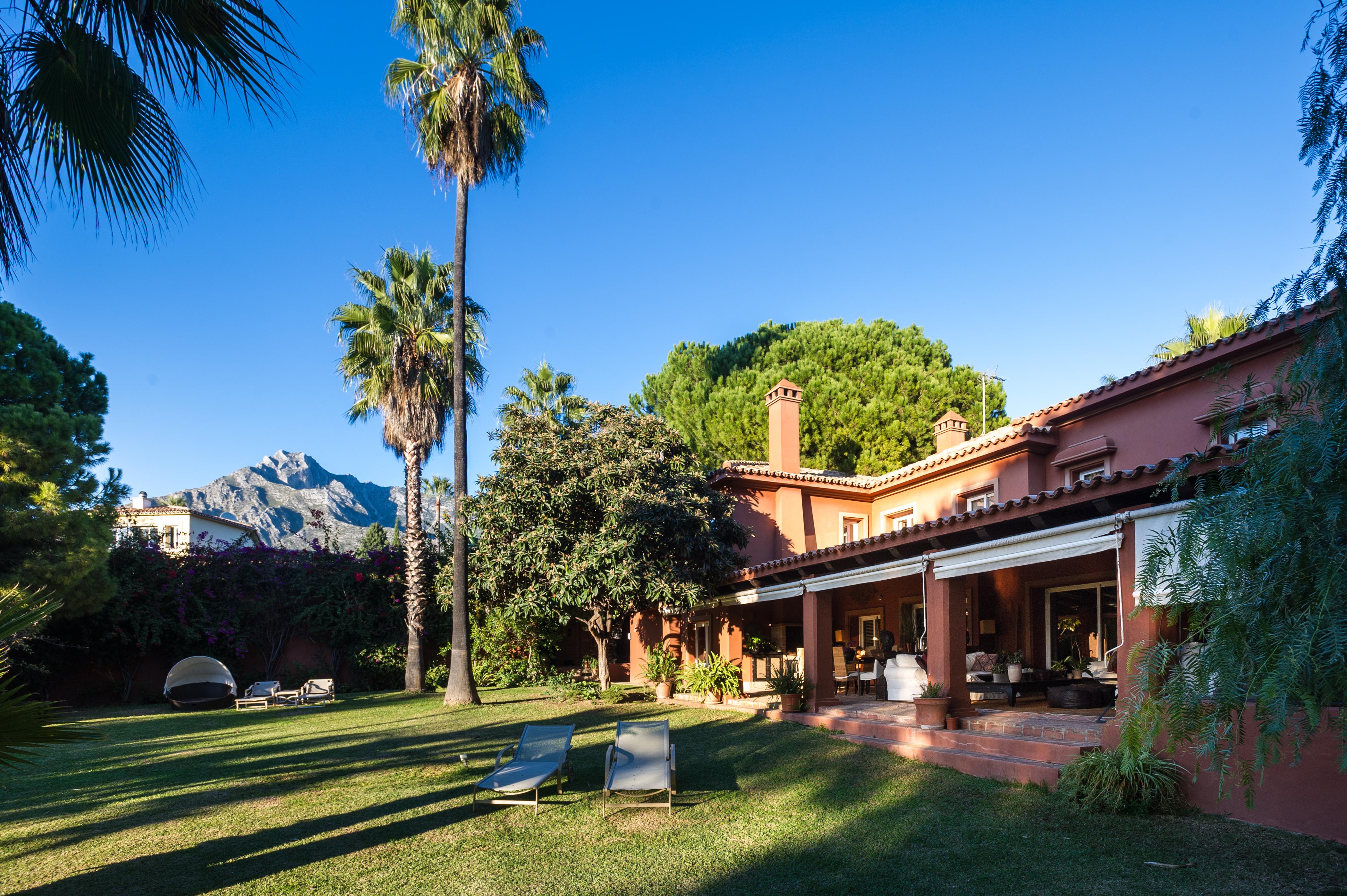 359-00101P: Villa in Marbella