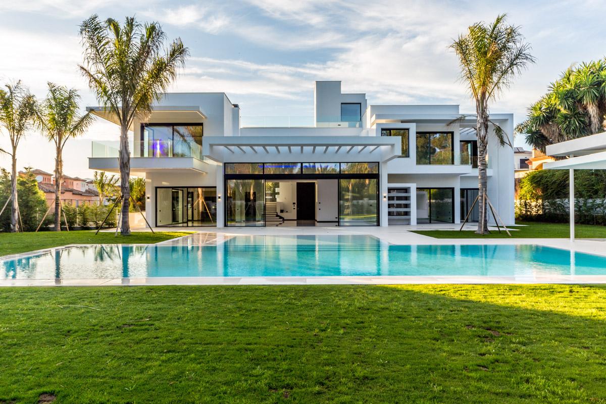 Ref:LUX0306A Villa For Sale in San Pedro de Alcantara