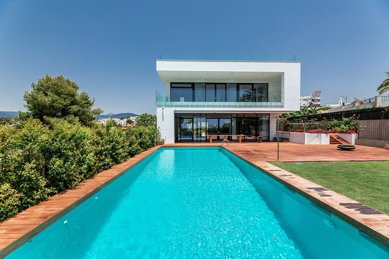 359-00088P: Villa in Marbella