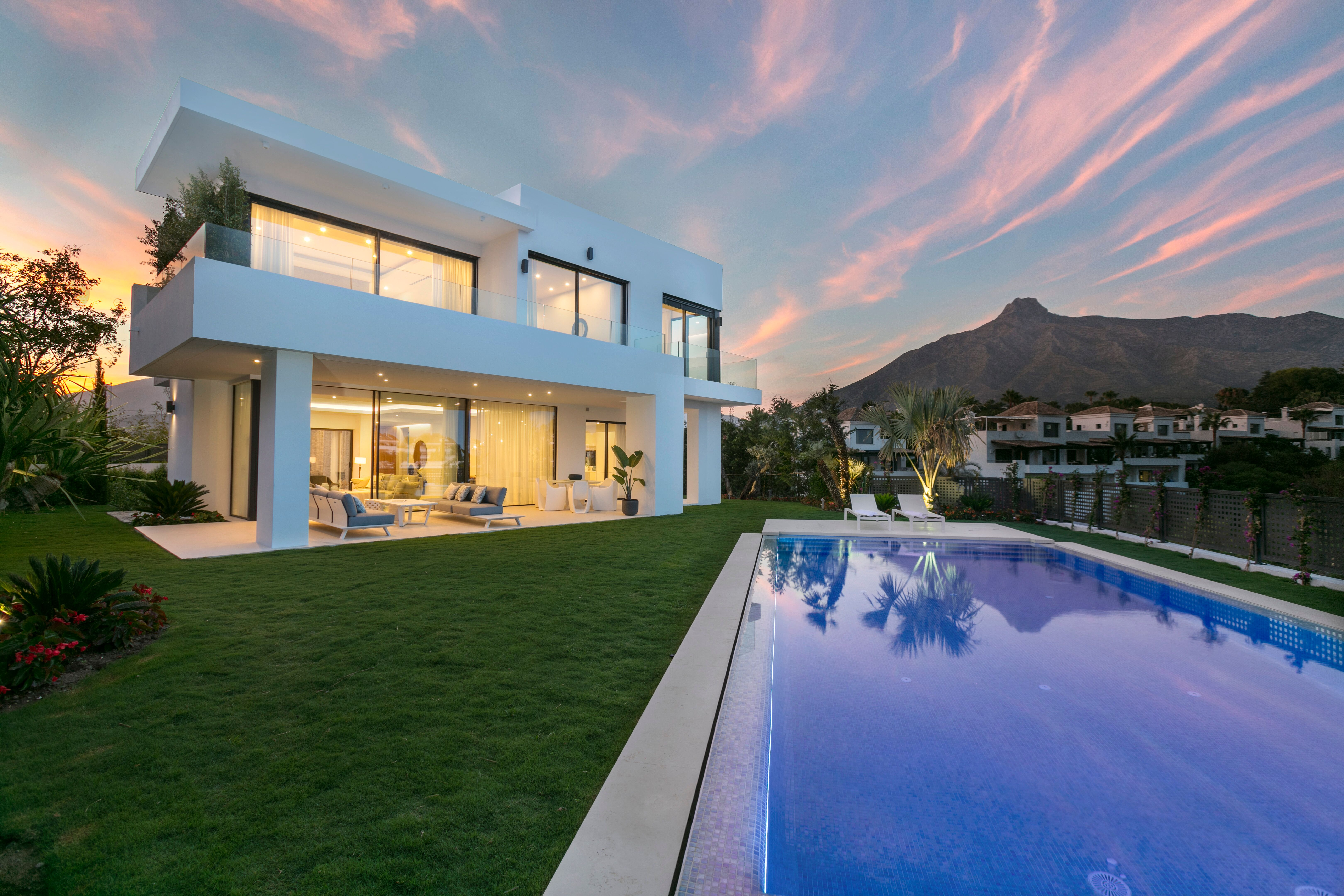 LUX0226: Villa in Marbella