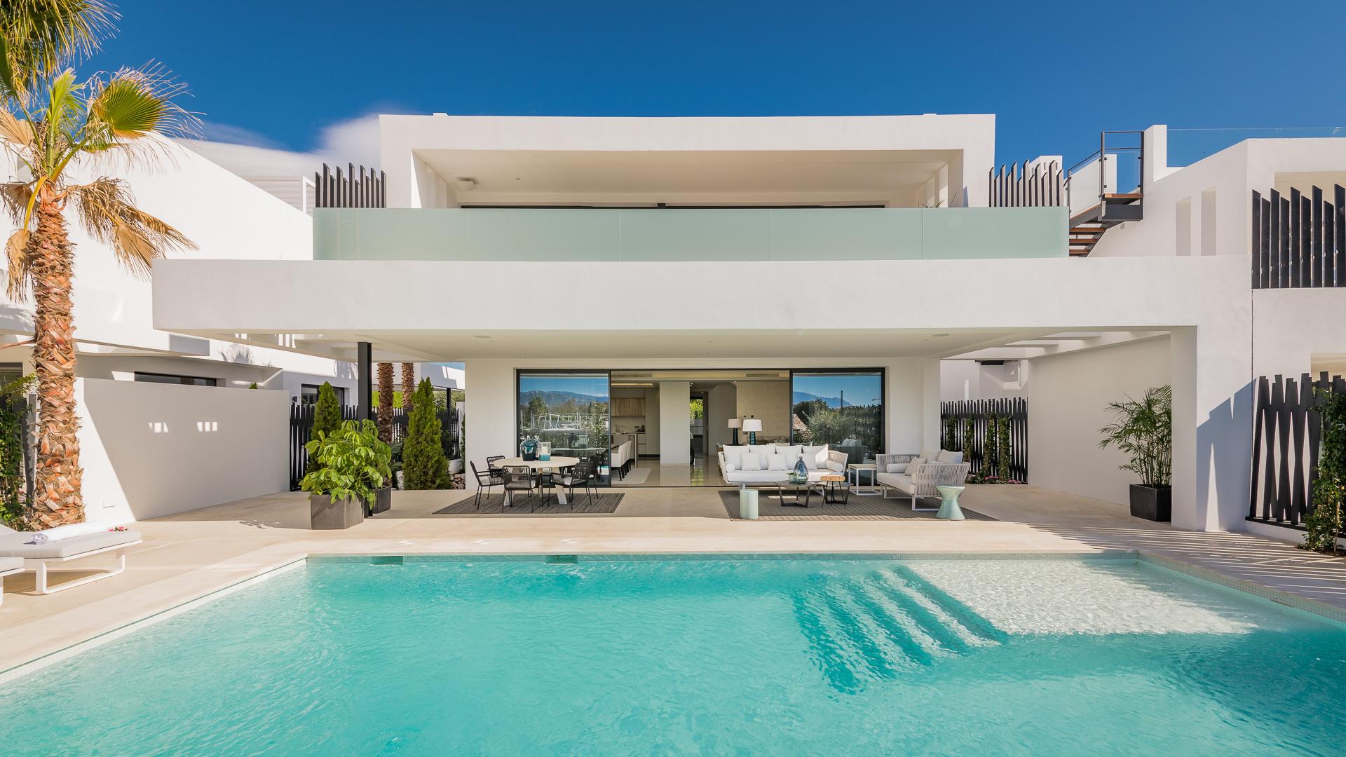 LUX0204: Villa in Marbella