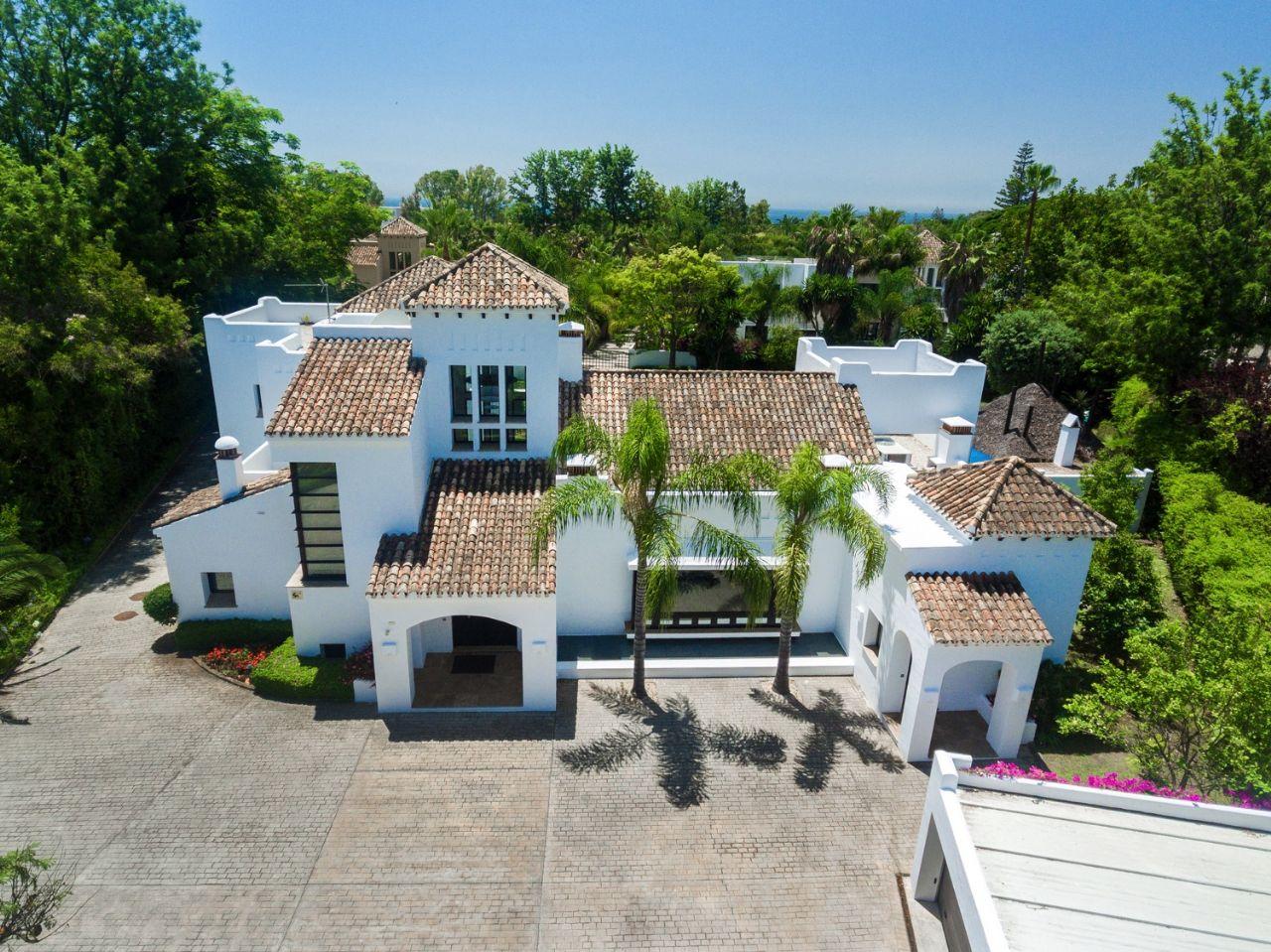 LUX0271: Villa in San Pedro de Alcantara