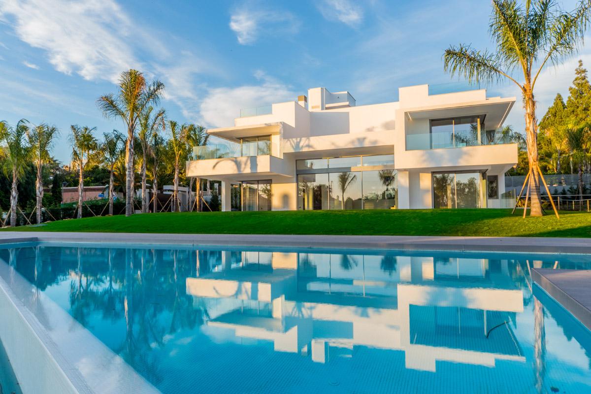 LUX0306: Villa in San Pedro de Alcantara