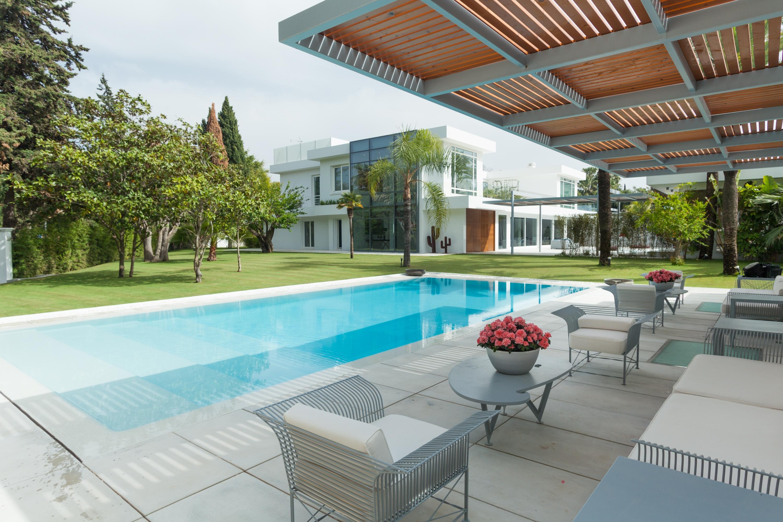 LUX0302: Villa in San Pedro de Alcantara