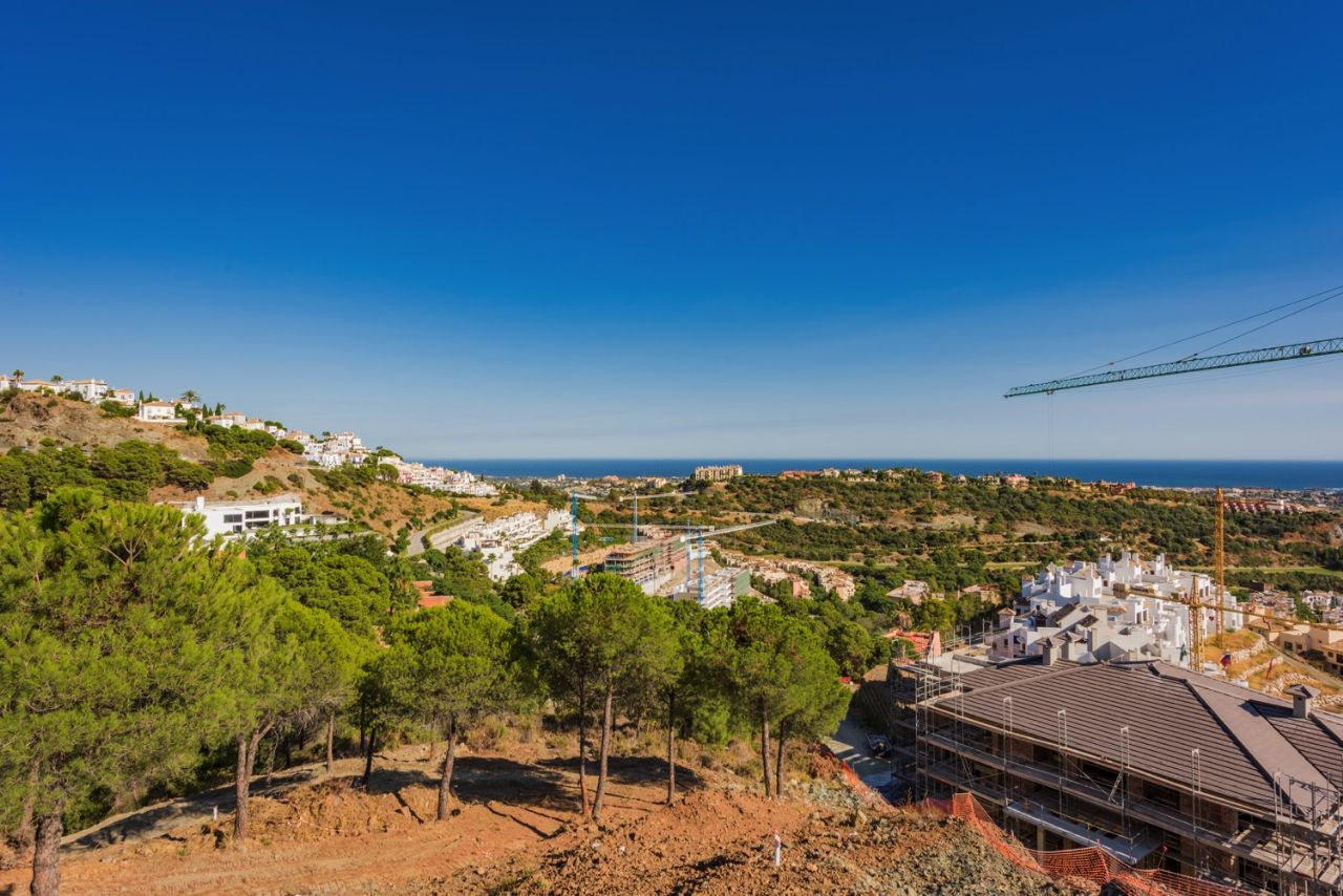 Ref:PAR0279 Plot For Sale in Benahavis