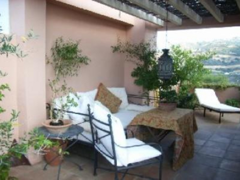 Town House for Sale in Las Lomas de Pozuelo, Marbella Este