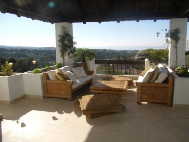 Penthouse for Sale in Marbella Este, Marbella