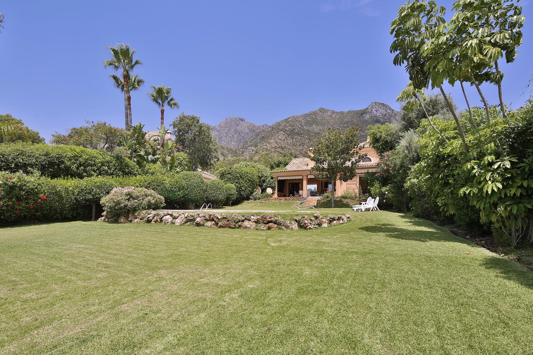 Villa for Rent in Cascada de Camojan, Marbella Golden Mile