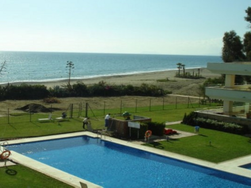 Penthouse for Sale in Guadalmansa Playa, Estepona