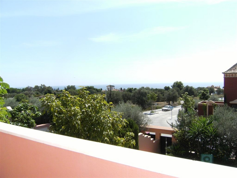 Town House for Sale in Altos de Puente Romano, Marbella Golden Mile