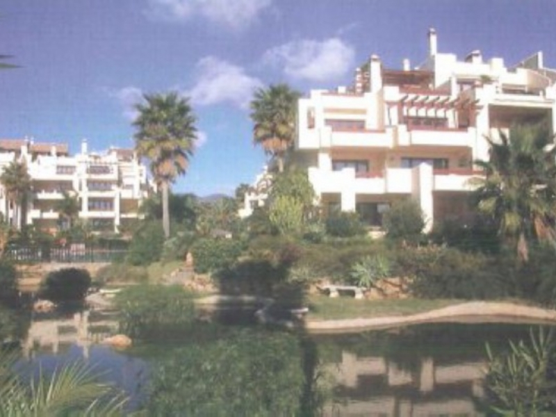 Apartment for Sale in BahÌ_a del VelerÌ_n, Estepona