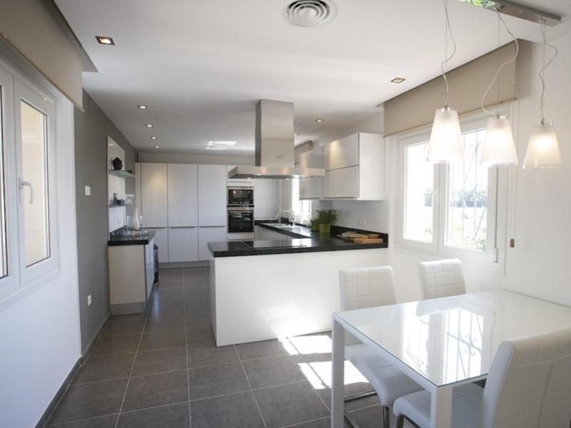 Villa for Rent in Nueva Andalucia, Marbella