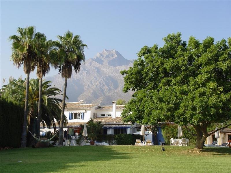 Villa for Rent in Rocio de Nagueles, Marbella Golden Mile