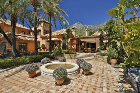 Villa for Rent in Marbella Golden Mile, Marbella