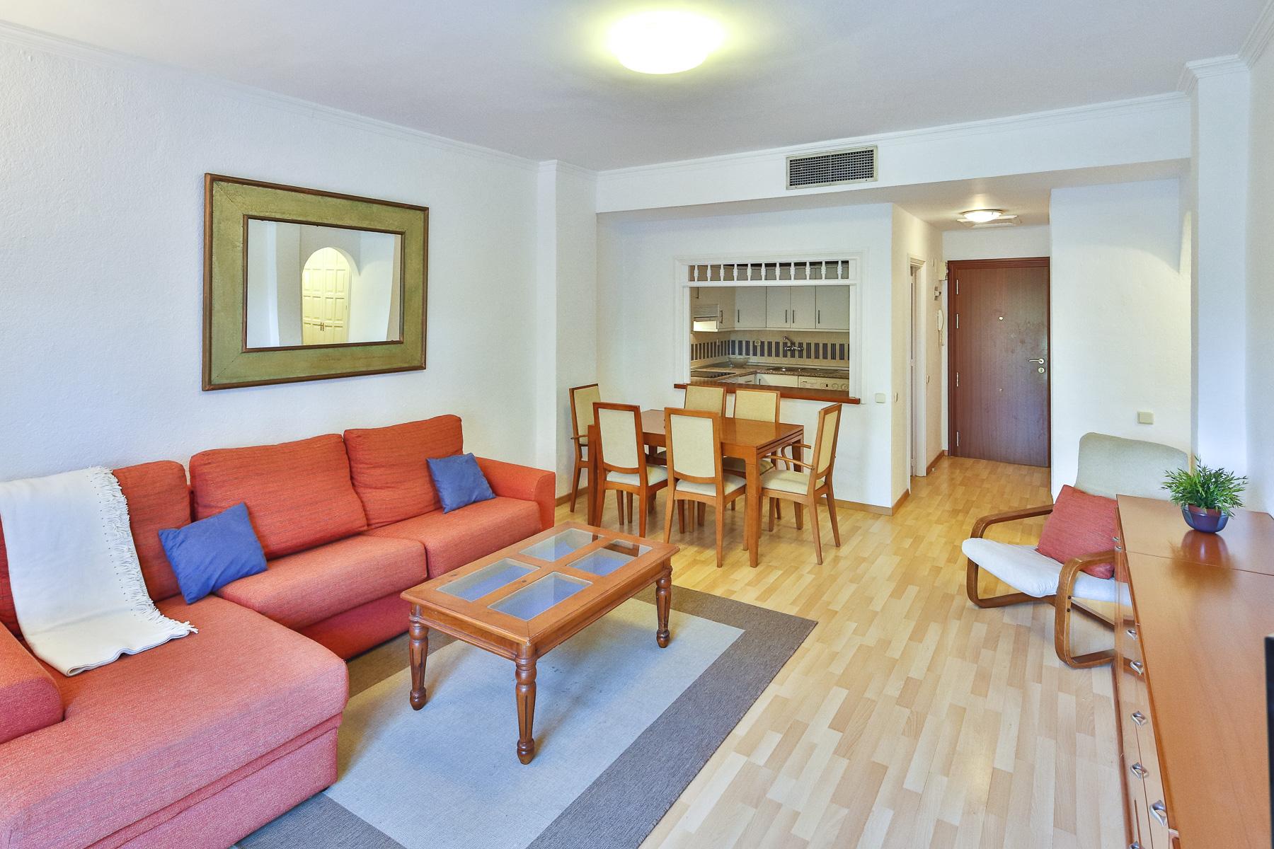 Ground Floor Apartment for Sale in Andalucia del Mar, Marbella - Puerto Banus